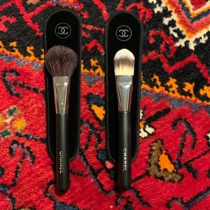 2X CHANEL Makeup Brushes